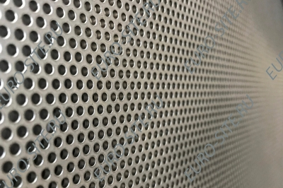 Sieve for grain cleaning machines